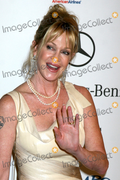 Melanie Griffith, Dakota Johnson, Melanie Griffiths Photo - Dakota Johnson & Melanie Griffith  arriving to the Carousel of Hope Ball at the Bevelry Hilton Hotel, in Beverly Hills, CA  onOctober 25, 2008                 Melanie Griffith  arriving to the Carousel of Hope Bal