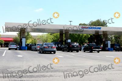 San Bernardino Photo - LOS ANGELES - APR 11:  Costco Gas Station Line at the Businesses reacting to COVID-19 at the Hospitality Lane on April 11, 2020 in San Bernardino, CA