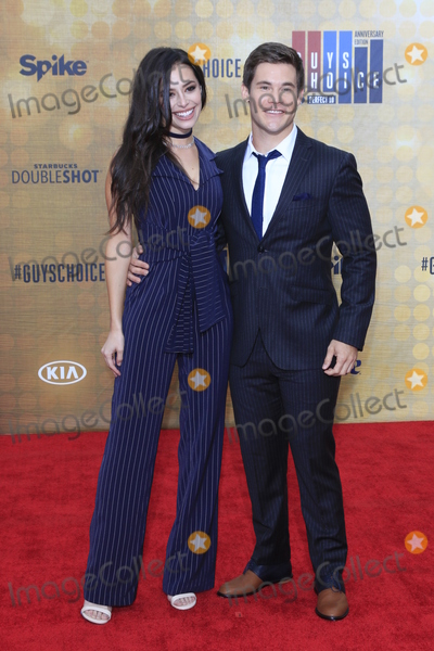 Chloe Bridges, Adam DeVine Photo - LOS ANGELES - JUN 4:  Chloe Bridges, Adam Devine at the 10th Annual Guys Choice Awards at the Sony Pictures Studios on June 4, 2016 in Culver City, CA
