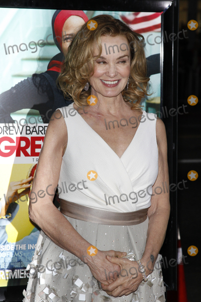 """Jessica Lange, Jessica Lang Photo - Jessica Lange  arriving at the LA Screening of the HBO Movie """"Grey Gardens"""" at Grauman's Chinese Theater, in Los Angeles, CA on April 16, 2009"""