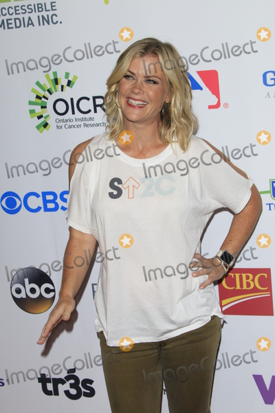 Walt Disney, Allison Sweeney Photo - LOS ANGELES - SEP 9:  Allison Sweeney at the 5th Biennial Stand Up To Cancer at the Walt Disney Concert Hall on September 9, 2016 in Los Angeles, CA