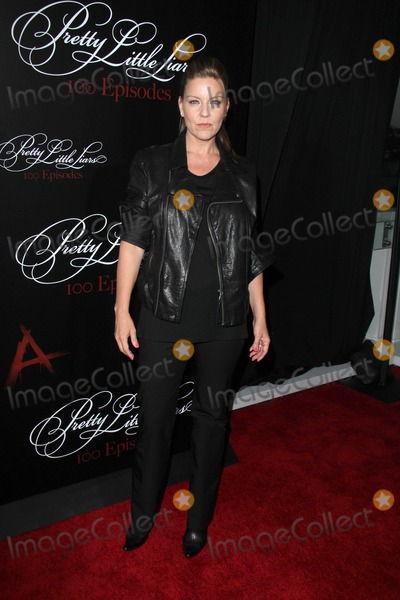 """Andrea Parker, Zoey Deutch Photo - Zoey DeutchLOS ANGELES - MAY 31:  Andrea Parker at the """"Pretty Little Liars"""" 100th Episode Celebration, at W Hollywood on May 31, 2014 in Los Angeles, CA"""