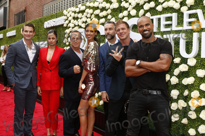 Jay Harrington, Kenny Johnson, Lina Esco, Shemar Moore, Stephanie Sigman, Alex Russell, Peter Onorati Photo - LOS ANGELES - AUG 1:  Alex Russell, Lina Esco. Peter Onorati, Stephanie Sigman, Jay Harrington, Kenny Johnson, Shemar Moore at the CBS TV Studios Summer Soiree TCA Party 2017 at the CBS Studio Center on August 1, 2017 in Studio City, CA
