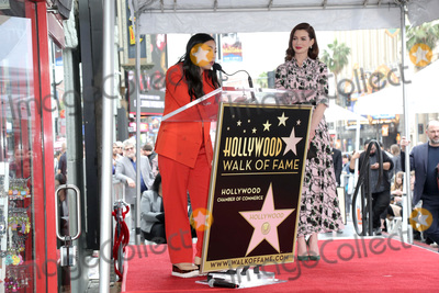 Anne Hathaway, Ann Hathaway Photo - LOS ANGELES - MAY 9:  Awkwafina, Anne Hathaway at the Anne Hathaway Star Ceremony on the Hollywood Walk of Fame on May 9, 2019 in Los Angeles, CA