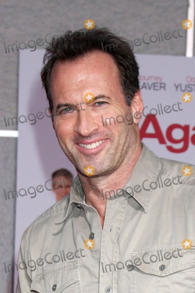 """Scott Patterson Photo - LOS ANGELES - SEP 22:  Scott Patterson arrives at the """"You Again"""" World Premiere at El Capitan Theater on September 22, 2010 in Los Angeles, CA"""