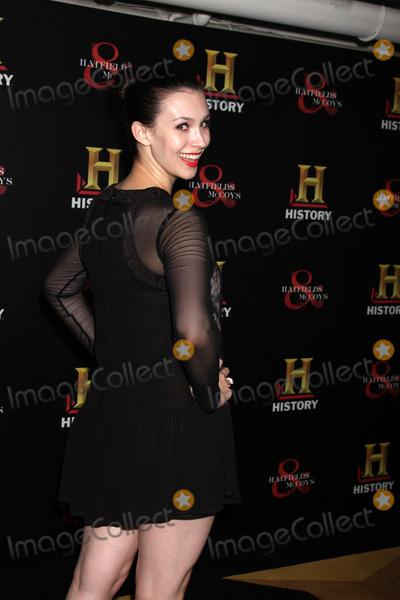 "Alix Berg Photo - LOS ANGELES - SEP 22:  Alix Berg arrives at the ""HATFIELDS & McCOYS"" Pre-Emmy Party