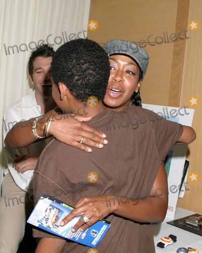 April O'Brien, Jennifer Gareis, Tichina Arnold, Tyler James, Tyler James Williams Photo - Tichina Arnold  & Tyler James Williams