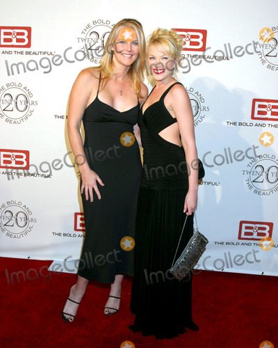 Adrienne Frantz, Maeve Quinlan Photo - Maeve Quinlan & Adrienne Frantz