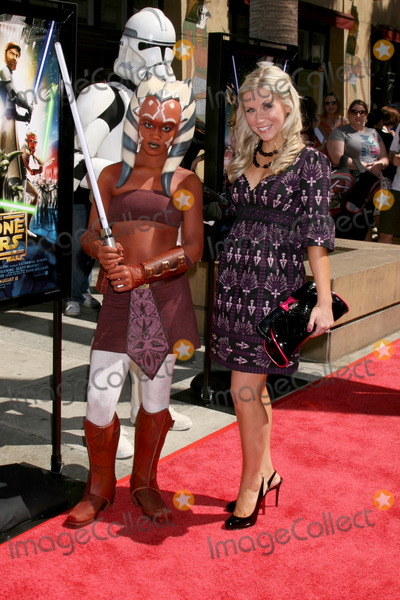 Ashley Eckstein Photo - Ahsoka Tano character & Ashley Eckstein who voices the character