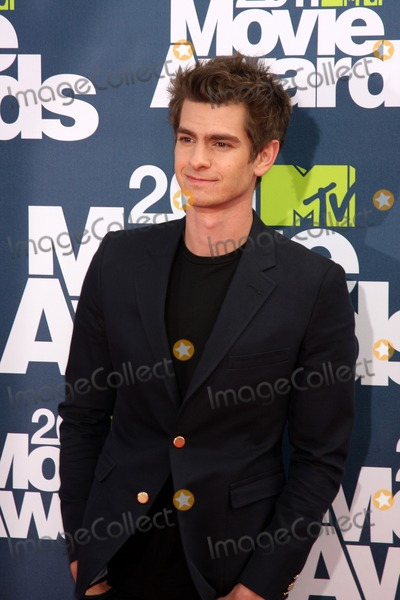 Andrew Garfield Photo - LOS ANGELES - JUN 5:  Andrew Garfield arriving at the the 2011 MTV Movie Awards at Gibson Ampitheatre on June 5, 2011 in Los Angeles, CA