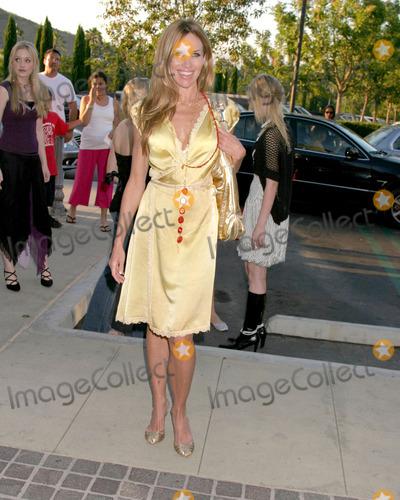 """Sarah Buxton Photo - Sarah Buxton""""belle gray"""" Boutique OpeningCalabasas, CAJune 30, 2005"""