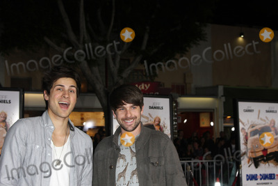 Ian Hecox, Anthony Padilla Photo - LOS ANGELES - NOV 3:  Smosh, Ian Hecox and Anthony Padilla at the Dumb and Dumber To Premiere at the Village Theater on November 3, 2014 in Los Angeles, CA