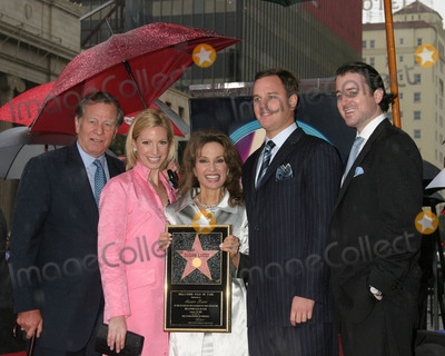 Andreas Huber, Helmut Huber, Liza Huber, Susan Lucci, Alexander Georges Photo - SUSAN LICCI CELEBRATES 35TH ANNIVERSARYON ALL MY CHILDREN WITH HER STAR ONHOLLYWOOD WALK OF FAMEHOLLYWOOD, CAJANUARY  28, 2005HELMUT HUBER,LIZA HUBER,SUSAN LUCCI,ANDREAS HUBER, ALEXANDER GEORGE HESTERBERG III