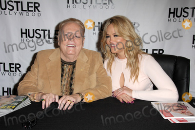 Larry Flynt, Alexis Texas Photo - LOS ANGELES - APR 9:  Larry Flynt, Alexis Texas at the Hustler Hollywood Grand Opening at the Hustler Hollywood on April 9, 2016 in Los Angeles, CA