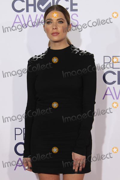 Ashley Benson Photo - LOS ANGELES - JAN 6:  Ashley Benson at the Peoples Choice Awards 2016 - Arrivals at the Microsoft Theatre L.A. Live on January 6, 2016 in Los Angeles, CA