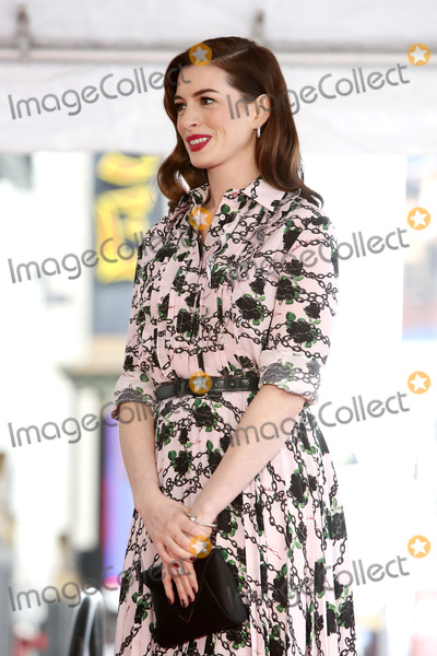 Anne Hathaway, Ann Hathaway Photo - LOS ANGELES - MAY 9:  Anne Hathaway at the Anne Hathaway Star Ceremony on the Hollywood Walk of Fame on May 9, 2019 in Los Angeles, CA