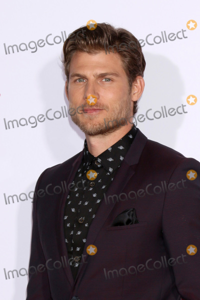 "Travis Van Winkle Photo - LOS ANGELES - MAR 7:  Travis Van Winkle at the ""Five Feet Apart"" Premiere at the Bruin Theater on March 7, 2019 in Westwood, CA"