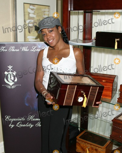 April O'Brien, Jennifer Gareis, Tichina Arnold Photo - Tichina Arnold