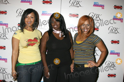Angie Stone, Mary Mary Photo - Mary Mary & Angie Stone at the BET Awards GBK Gifting Lounge outside the Shrine Auditorium in Los Angeles, CA onJune 23, 2008