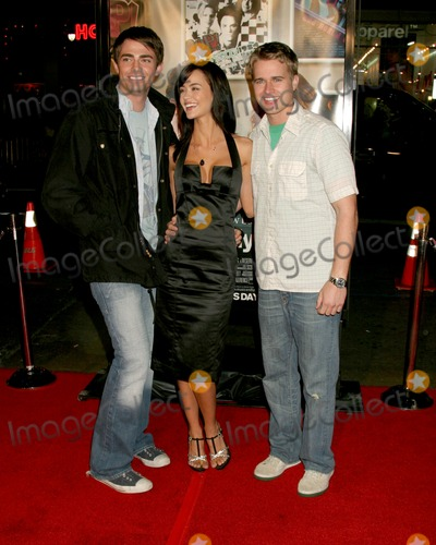 "April Scott, Jonathan Bennett, Lyric, Randy Wayne Photo - Jonathan Bennett. April Scott, and Randy Wayne ""Music & Lyrics"" PremiereMann's Grauman TheaterLos Angeles, CAFebruary 7, 2007"
