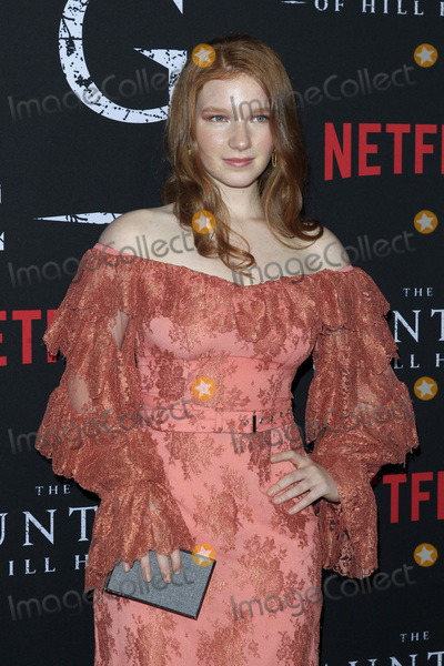 "Annalise Basso Photo - LOS ANGELES - OCT 8:  Annalise Basso at the ""The Haunting Of Hill House"" Season 1 Premiere at the ArcLight Theater on October 8, 2018 in Los Angeles, CA"