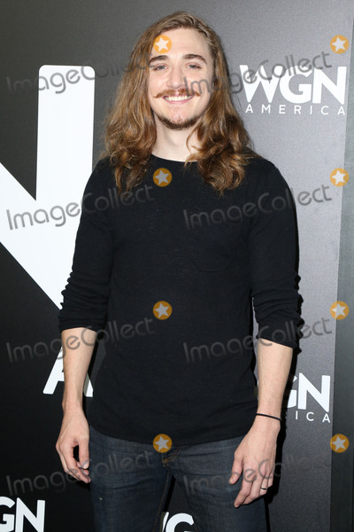 "Kyle Gallner Photo - LOS ANGELES - DEC 13:  Kyle Gallner at the WGN America's ""Outsiders"" Photo-Op at Langham Hotel on December 13, 2017 in Pasadena, CA"