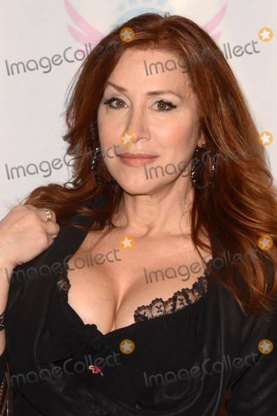 "Lisa Ann Walter, Ann Walters, Lisa Ann Photo - LOS ANGELES - MAR 15:  Lisa Ann Walter at the ""You Can't Have It"" Los Angeles Premiere at the TCL Chinese Theater on March 15, 2017 in Los Angeles, CA"