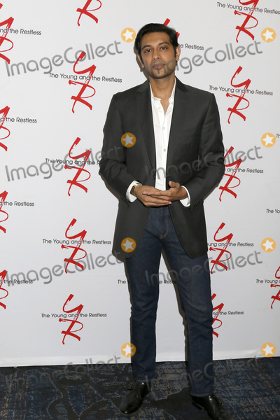 Abhi Sinha Photo - LOS ANGELES - AUG 19:  Abhi Sinha at the Young and Restless Fan Event 2017 at the Marriott Burbank Convention Center on August 19, 2017 in Burbank, CA
