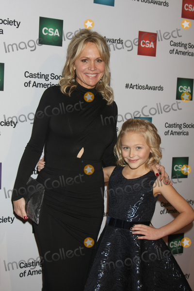 Barbara Alyn Woods Photo - LOS ANGELES - JAN 21:  Barbara Alyn Woods, Alyvia Alyn Lind at the 31st Annual Artios Awards at the Beverly Hilton Hotel on January 21, 2016 in Beverly Hills, CA