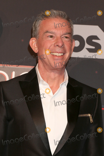 Elvis Duran Photo - LOS ANGELES - MAR 5:  Elvis Duran at the 2017 iHeart Music Awards at Forum on March 5, 2017 in Los Angeles, CA