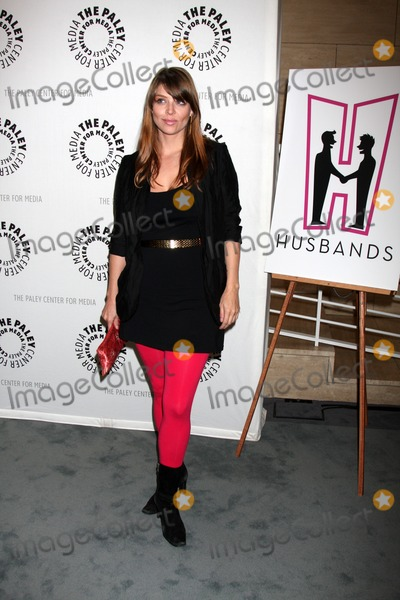 """Amber Benson, The Husbands Photo - Beverly Hills - AUG 13:  Amber Benson arrives at the """"Husbands"""" Season Two Premiere Panel at Paley Center for Media on August 13, 2012 in Beverly Hills, CA"""