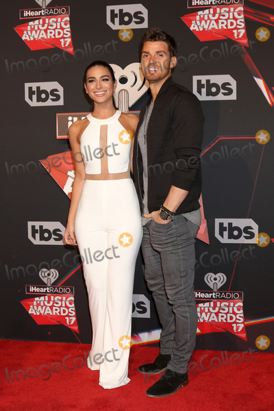 Ashley Iaconetti, Luke Pell Photo - LOS ANGELES - MAR 5:  Ashley Iaconetti, Luke Pell at the 2017 iHeart Music Awards at Forum on March 5, 2017 in Los Angeles, CA