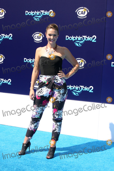 """Austin Highsmith Photo - LOS ANGELES - SEP 7:  Austin Highsmith at the """"Dolphin Tale 2"""" Prmiere at Village Theater on September 7, 2014 in Westwood, CA"""