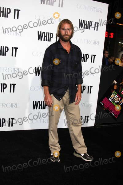 """Andrew Wilson Photo - Andrew Wilsonarriving at the """"Whip It"""" PremiereGrauman's Chinese TheaterLos Angeles,  CASeptember 29, 2009"""