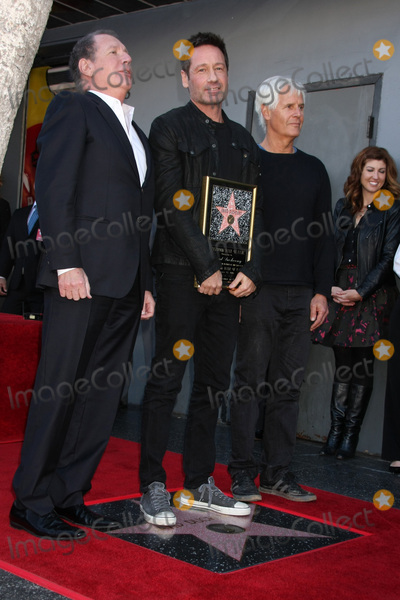 Chris Carter, David Duchovny, Garry Shandling Photo - LOS ANGELES - JAN 25:  Garry Shandling, David Duchovny, Chris Carter at the David Duchovny Hollywood Walk of Fame Star Ceremony at the Fox Theater on January 25, 2016 in Los Angeles, CA