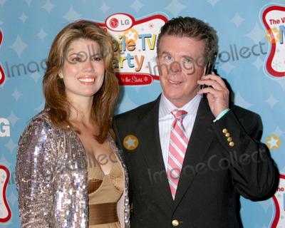 Alan Thicke Photo - Alan Thicke & WifeLG's Mobile TV PartyParamount StudiosLos Angeles, CAJune 19, 2007