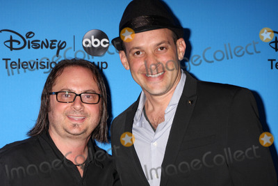 Robert Golenberg, Alon Aranya Photo - LOS ANGELES - AUG 4:  Robert Golenberg, Alon Aranya arrives at the ABC Summer 2013 TCA Party at the Beverly Hilton Hotel on August 4, 2013 in Beverly Hills, CA