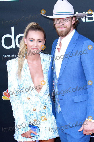 Brian Kelley Photo - LAS VEGAS - MAY 1:  Brittney Marie Cole Kelley, Brian Kelley at the 2019 Billboard Music Awards at MGM Grand Garden Arena on May 1, 2019 in Las Vegas, NV