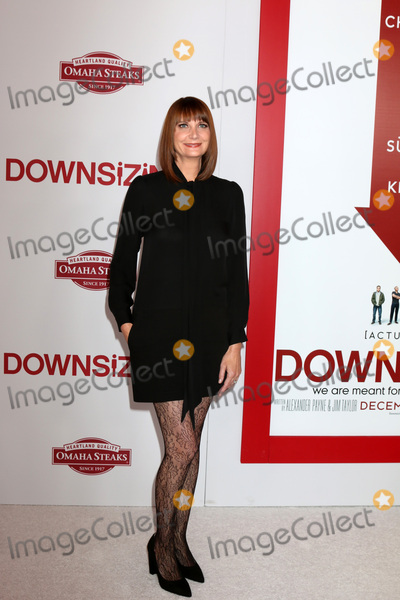 """Kerri Kenney, Kerri Kenney Silver, Kerri Kenney-Silver Photo - LOS ANGELES - DEC 18:  Kerri Kenney-Silver at the """"Downsizing"""" Special Screening at Village Theater on December 18, 2017 in Westwood, CA"""