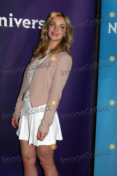 ABBY ELLIOT Photo - LOS ANGELES - JAN 15:  Abby Elliot at the NBCUniversal Cable TCA Winter 2015 at a The Langham Huntington Hotel on January 15, 2015 in Pasadena, CA