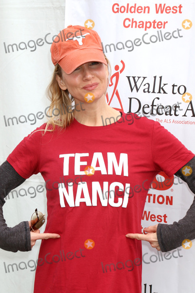Renee Zellweger, Rene Zellweger Photo - LOS ANGELES - OCT 16:  Renee Zellweger at the ALS Association Golden West Chapter Los Angeles County Walk To Defeat ALS at the Exposition Park on October 16, 2016 in Los Angeles, CA