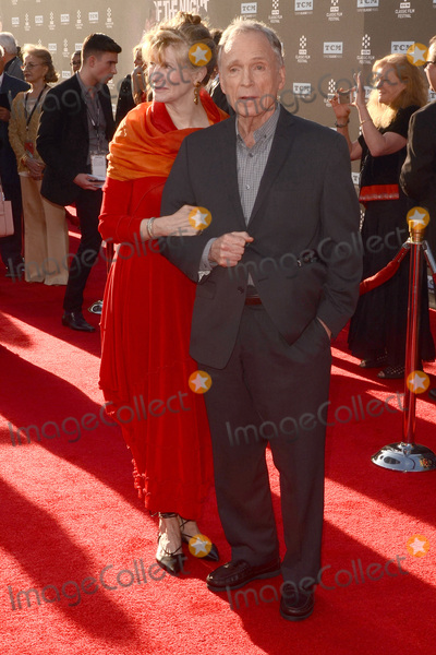 Dick Cavett Photo - LOS ANGELES - APR 6:  Guest, Dick Cavett at the 2017 TCM Classic Film Festival Opening Night Red Carpet at the TCL Chinese Theater IMAX on April 6, 2017 in Los Angeles, CA