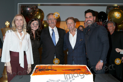 Don Diamont, Eric Braeden, Heather Tom, Katherine Kelly, Katherine Kelly Lang, Bradley Bell Photo - LOS ANGELES - FEB 7:  Katherine Kelly Lang, Heather Tom, Eric Braeden, Bradley Bell, and Don Diamont at the Eric Braeden 40th Anniversary Celebration on The Young and The Restless at the Television City on February 7, 2020 in Los Angeles, CA