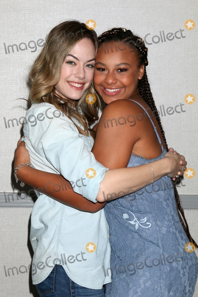 Nia Sioux, Annika Noelle Photo - LOS ANGELES - JUN 22:  Annika Noelle, Nia Sioux at the Bold and the Beautiful Fan Club Luncheon at the Marriott Burbank Convention Center on June 22, 2019 in Burbank, CA