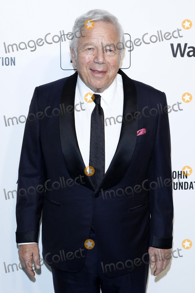Elton John, Robert Kraft Photo - LOS ANGELES - FEB 9:  Robert Kraft at the 28th Elton John Aids Foundation Viewing Party at the West Hollywood Park on February 9, 2020 in West Hollywood, CA