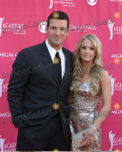 Carrie Underwood, Tony Romo Photo - Tony Romo & Carrie UnderwoodAcademy  of Country Music AwardsMGM Grand Garden ArenaLas Vegas, NVMay 15, 2007