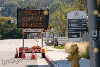 Photo - LOS ANGELES - APR 11:  Loma Linda University Medical Center Valet Closed Signage at the Hospital changes due to COVID-19 at the Loma Linda University Medical Center on April 11, 2020 in Loma Linda, CA