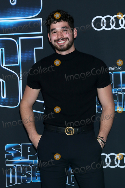 "Alan Bersten Photo - LOS ANGELES - DEC 4:  Alan Bersten at the ""Spies in Disguise"" Premiere at El Capitan Theater on December 4, 2019 in Los Angeles, CA"