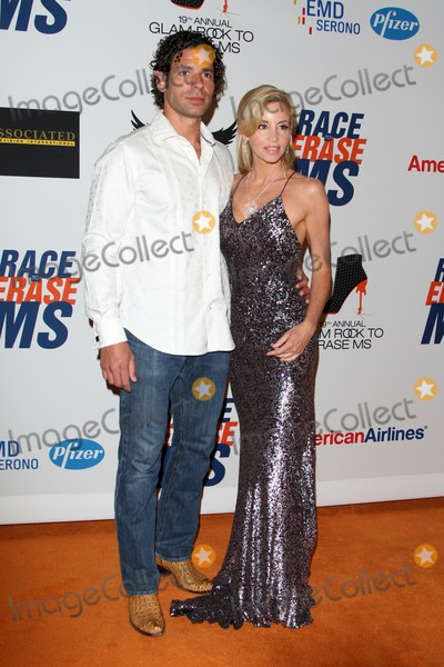 Camille Grammer, Dimitri Charalambopoulos Photo - LOS ANGELES - MAY 18:  Dimitri Charalambopoulos, Camille Grammer arrives at the 19th Annual Race to Erase MS gala at Century Plaza Hotel on May 18, 2012 in Century City, CA