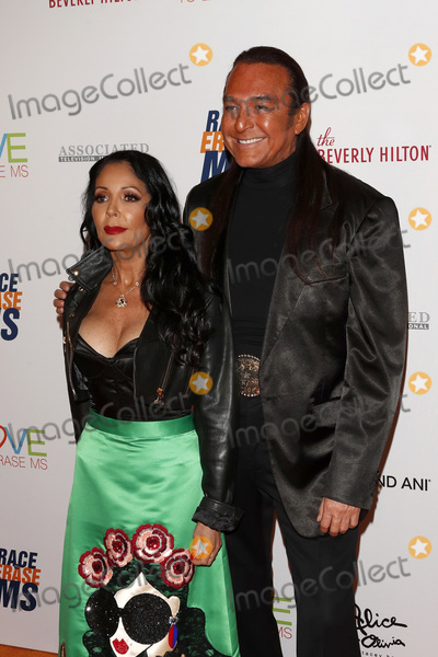 Apollonia, Nick Chavez, Apollonia Kotero Photo - LOS ANGELES - MAY 10:  Nick Chavez, Apollonia Kotero at the Race to Erase MS Gala at the Beverly Hilton Hotel on May 10, 2019 in Beverly Hills, CA